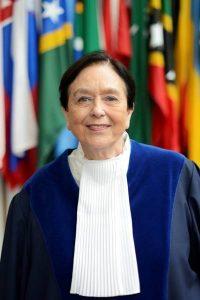 Juíza Elsa Kelly.